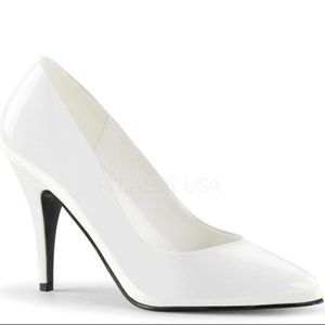👠White Patent High Heel Pump 10 NWT 👠